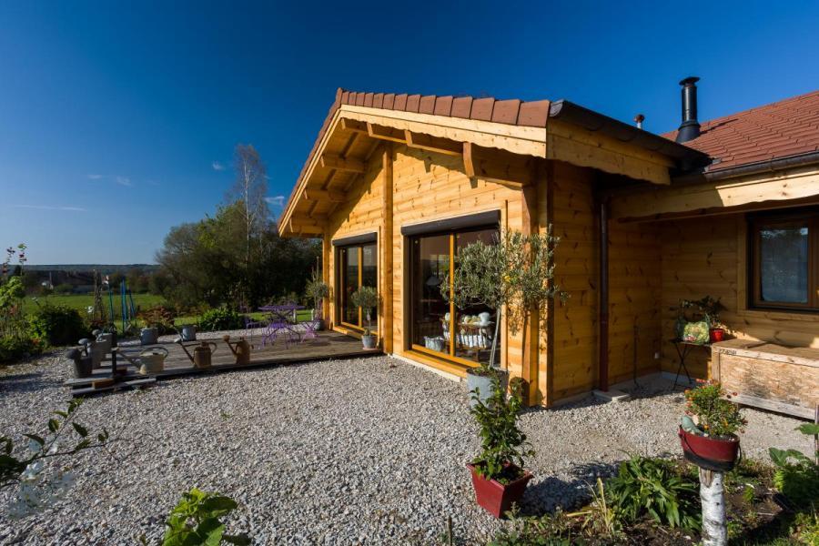 Maison bois à Besain (39)