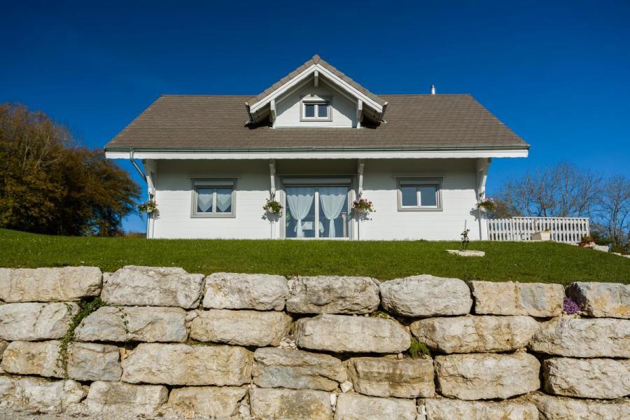 Maison bois à Valempoulières (39)