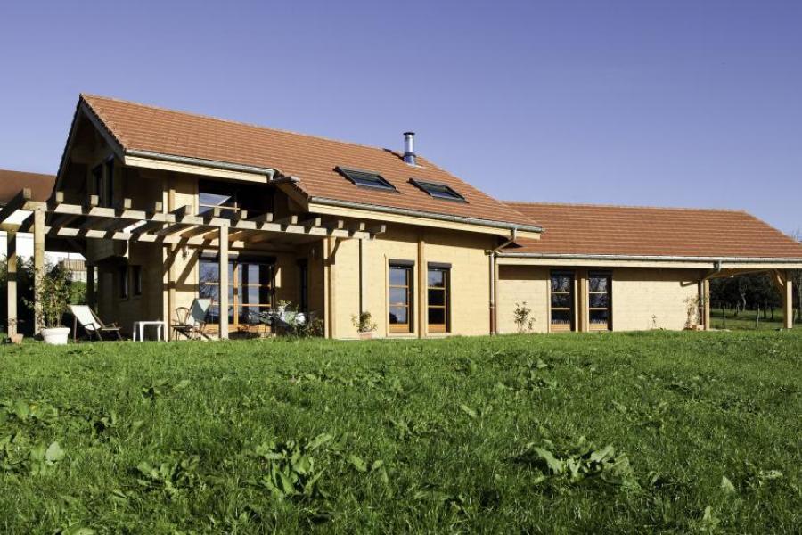 Maison bois à Serre Les Moulières (39)